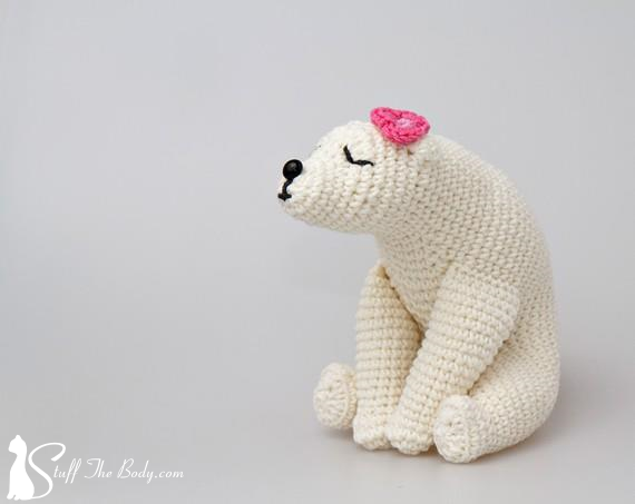 kissing white bears amigurumi pattern